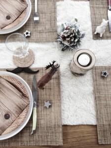 Tafel-dekken-voor-kerst.1386581464-van-ShowHome